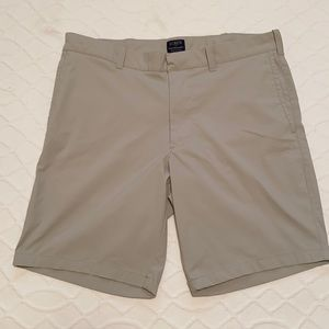 J Crew Flex Gramercy Men's Shorts - Size 33